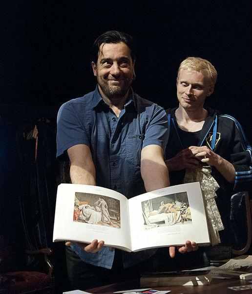1759 Ca commence la Comédie/Dominique Touzé et Emmanuel Chanal montrent le livre
