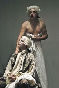 Une maison dangeureuse:duo hommes:Histo