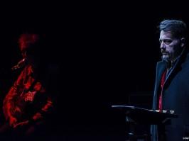 Au dessous du volcan/ duo musique théâtre, Dominique Touzé et Daniel Larbaud