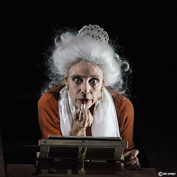 Mauricette ou l'Amour du Théâtre Municipal/Danielle Rochard et Fellini
