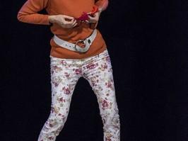 Mauricette ou l'Amour du Théâtre Municipal/Danielle Rochard est une danseuse nue